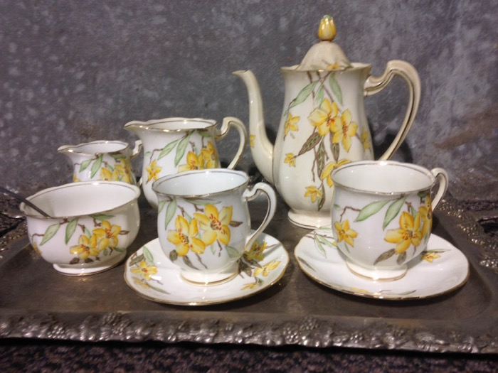 Country Teaset - Prop For Hire