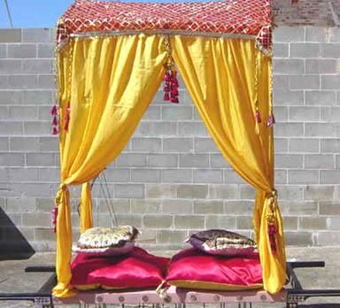 Draped Palanquin - Prop For Hire