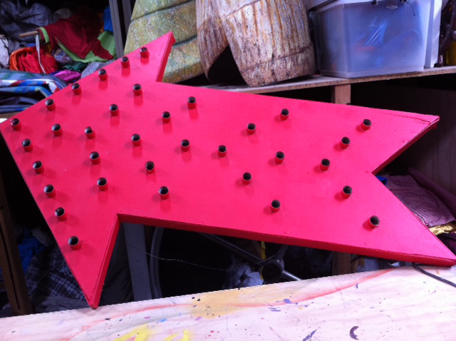 Flashing Arrow - Prop For Hire