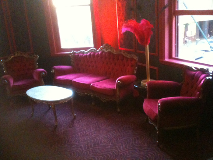 Gangster Cigar Lounge - Prop For Hire