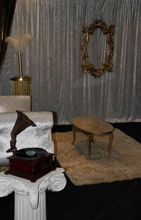 Gatsby Corner Scene - Prop For Hire