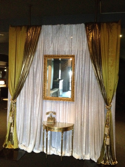 Gatsby Foyer Scene - Prop For Hire