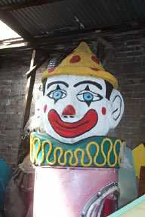 Giant Clown Head 2 - Prop For Hire
