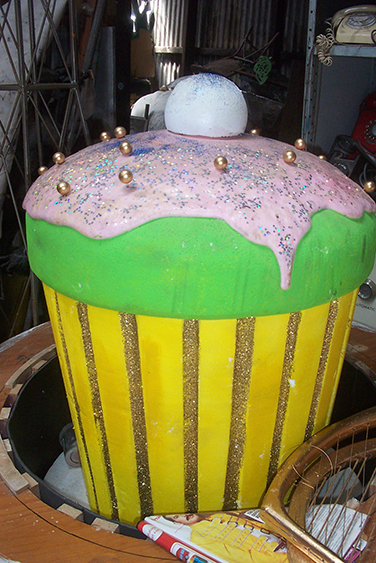 Giant Cupcake - Prop For Hire