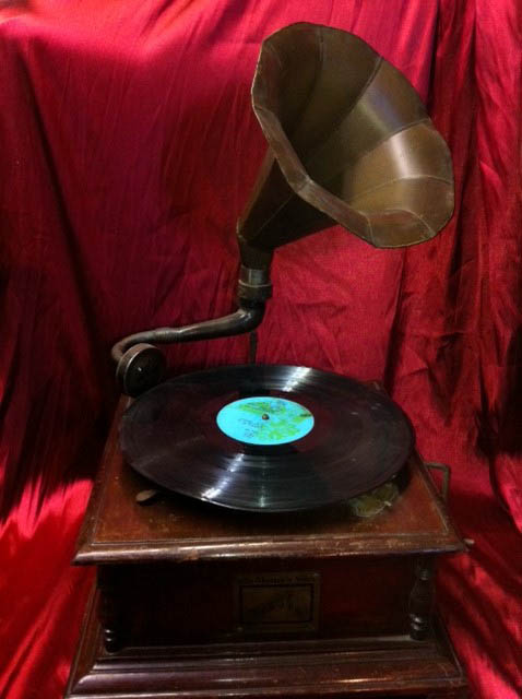 Gramophone 1 - Prop For Hire