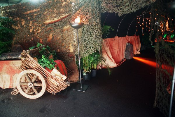 Jungle Tunnel Entrance - Prop For Hire