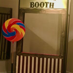 Kissing Booth - Prop For Hire