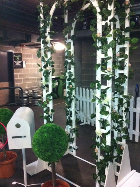 Lattice Archway - Prop For Hire