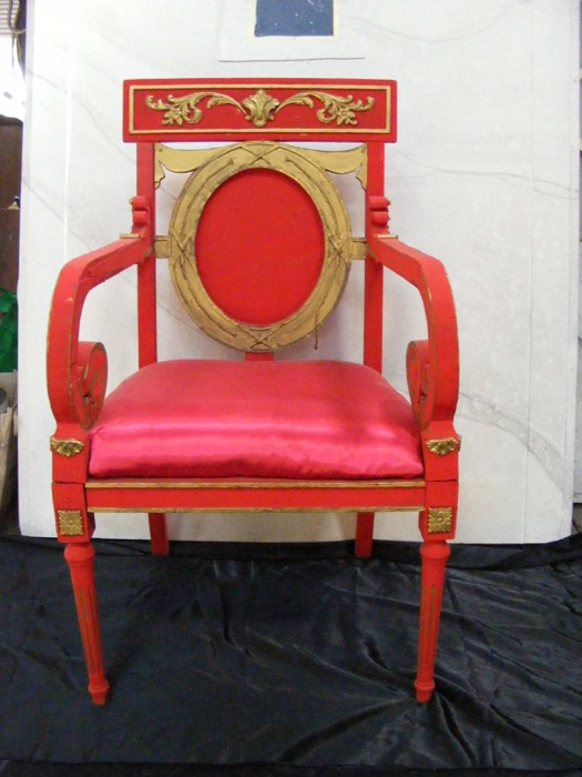 Queens Throne - Prop For Hire