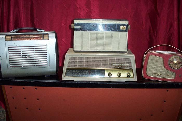 Retro Radio 3 - Prop For Hire