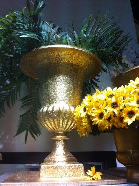Stunning Urn - Prop For Hire