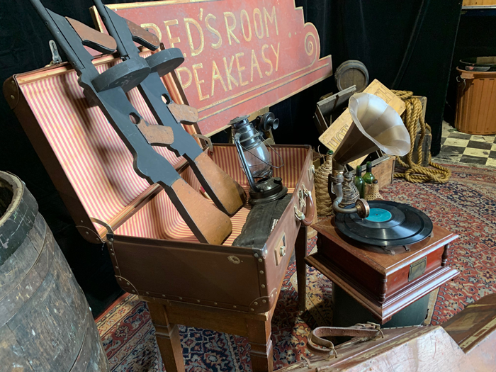 Tommy Guns - Prop For Hire