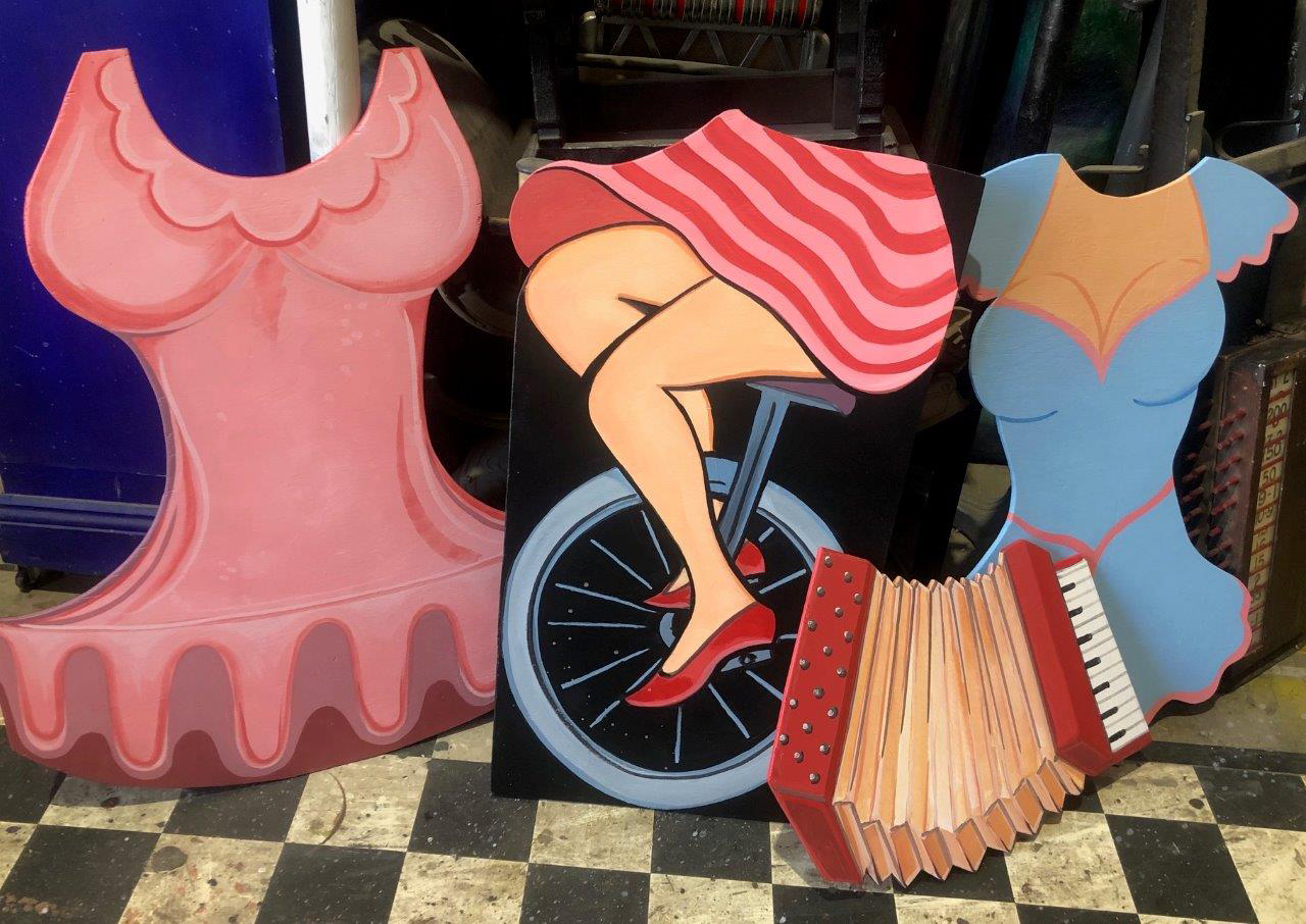 Triple Circus Cutouts - Prop For Hire