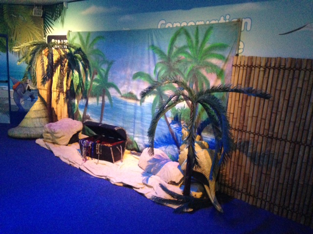 Tropical Beach Scene - Prop For Hire