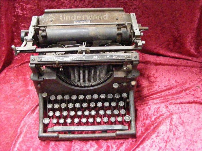 Vintage Typewriter - Prop For Hire