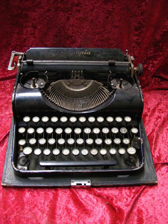 Vintage Typewriter 2 - Prop For Hire